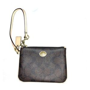 COACH LEATHER WRISTLET BROWN